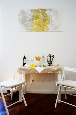 decoartpiece . momento d'oro . golden apartment . interior apartment 10