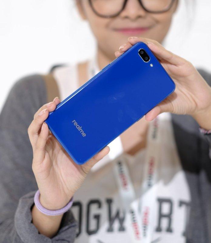 [Gadget Guide] Realme C1 dan Realme 2, Pilih Mana? 3