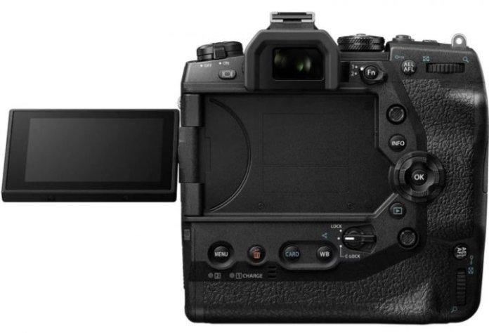 Olympus OM-D E-M1X: Kamera Mirrorless Pertama dengan Vertikal Grip Terintegrasi 4