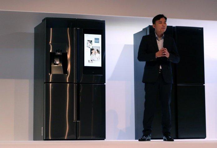 [Samsung Forum 2019] Samsung Perkenalkan Generasi Anyar Kulkas Family Hub dengan Bixby yang Lebih Cerdas 1