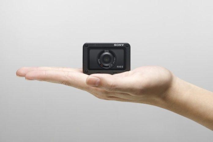 Sony RX0 II: Kamera Aksi dengan Layar Lipat, Kini Bisa Langsung Rekam Video 4K 1
