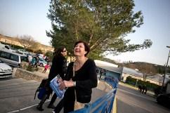 18 mars 2015, Montpellier (34). Valérie Bréard, candidate UMP aux départementales de 2015, visite les quartiers de son canton, Montpellier-1. Elle rencontre les habitants, distribuent des tracts et informent sur les nouvelles modalités de candidature.