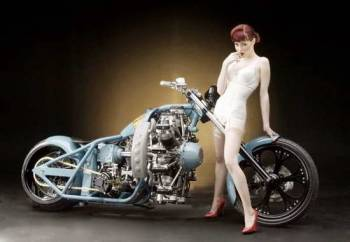 Motorcycle-Pin-Up-30
