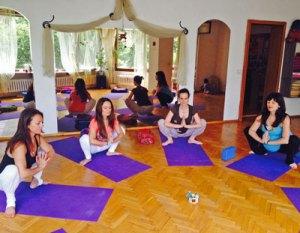 Йога за бременни, водещ Божена @ Студио Янтра | София | София-град | България