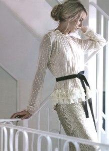 блузки свободного силуэта с поясом