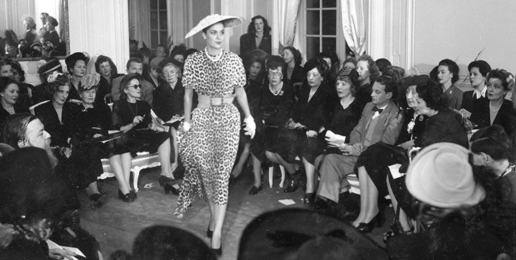Показ коллекции Диора 1947 года