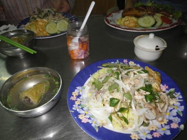 ベトナムのチキンライス