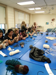 arm knitting a nd mint tins 018