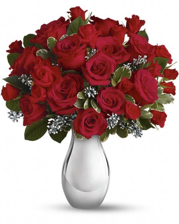 Winter Grace Bouquet Yara Flowers