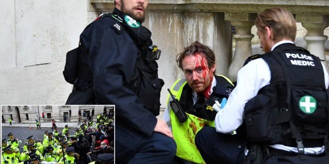 22 Cops Injured in London