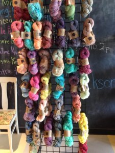 Cutthroat Yarn Display