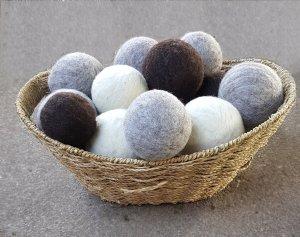 Beginning Needle Felting: Dryer Balls