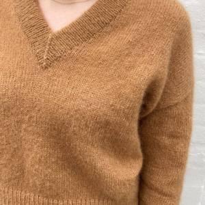 PetiteKnit 70 Stockholm Sweater - V-Neck