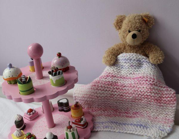 Knitting Kit for Kids for a small blanket