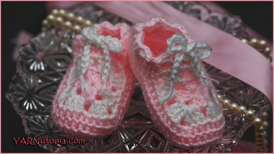 3x Pairs of Newborn Baby Slip-on Knitted//Crochet Booties in White