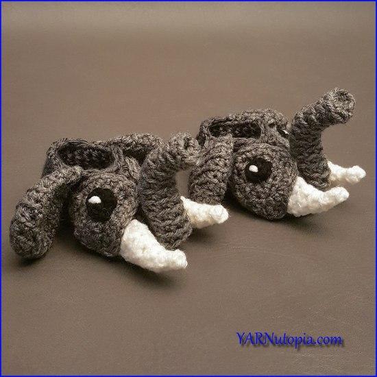 Crochet elephant border blanket | Etsy | 550x550