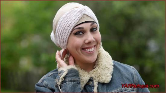 Chic Twist Headwrap by Nadia @ Yarnutopia