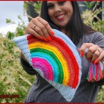 FREE Written Crochet Pattern: Rainbow Clutch