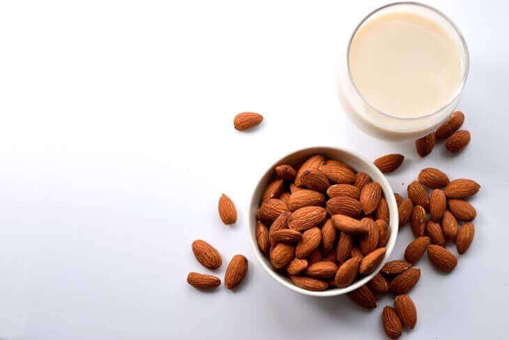 ナッツミルク(生カシューナッツ)の作り方
