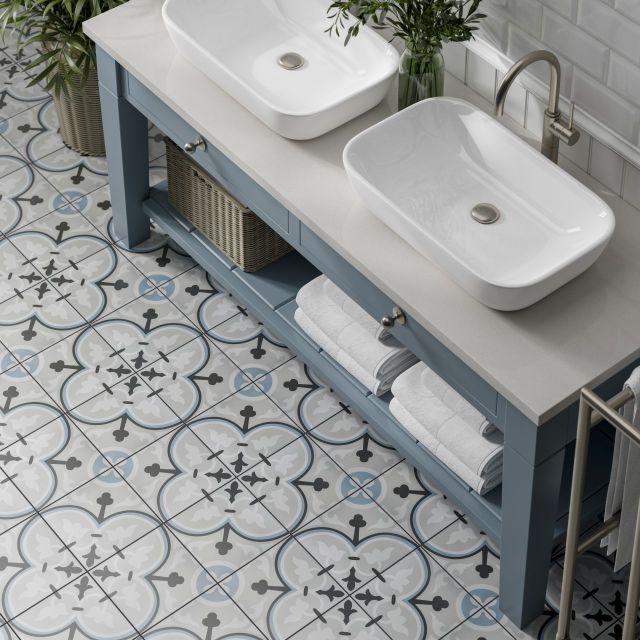 Banyo Fayansları ile Dekoratif Efektler Yaratın