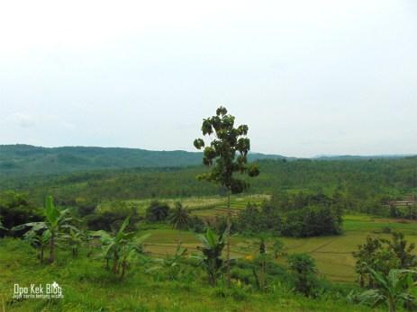 Pemandangan alam Kedung Grenjeng