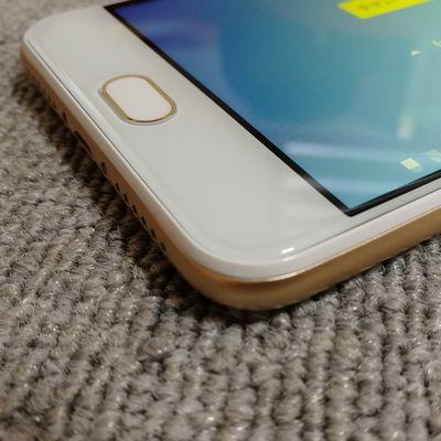 EveryPhone PRの2.5D曲面ガラス