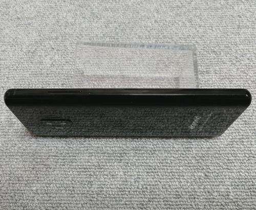 vkworld S8のボディの左