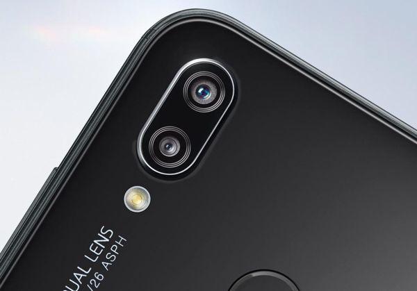 「HUAWEI P20 lite」のデュアルカメラ