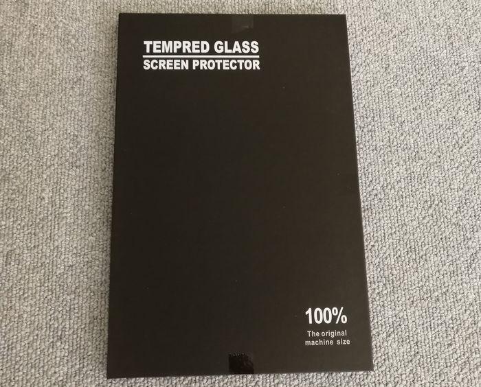 「HUAWEI MediaPad M5」の液晶保護フィルムが到着