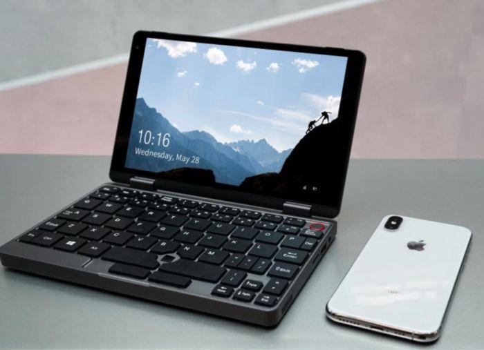 「MiniBook」のコンパクトボディ