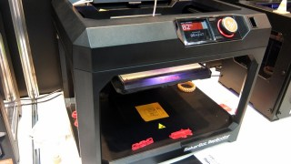 3Dプリンターを見てきた! Makerbot Replicator (5th G, 2X, mini) 編