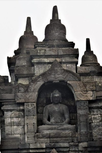 A Dhyani Buddha statue with the Dhyanamudra gesture