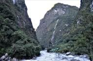 Andes mountains along the Urubamba river