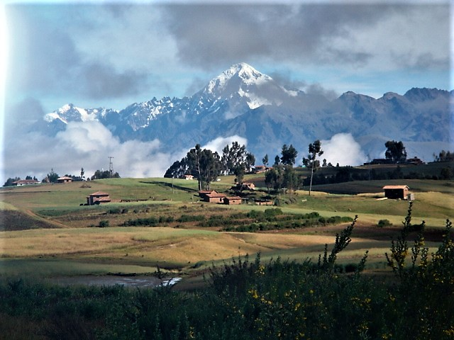 Veronoica peak as seen from Chinchero, Cusco