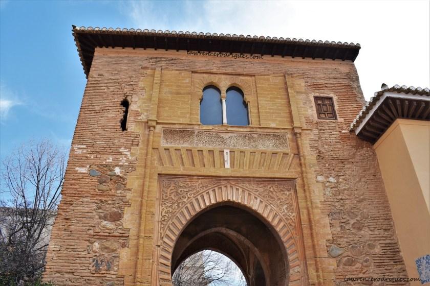 Puerta del Vino (Wine Gate) - West Facade
