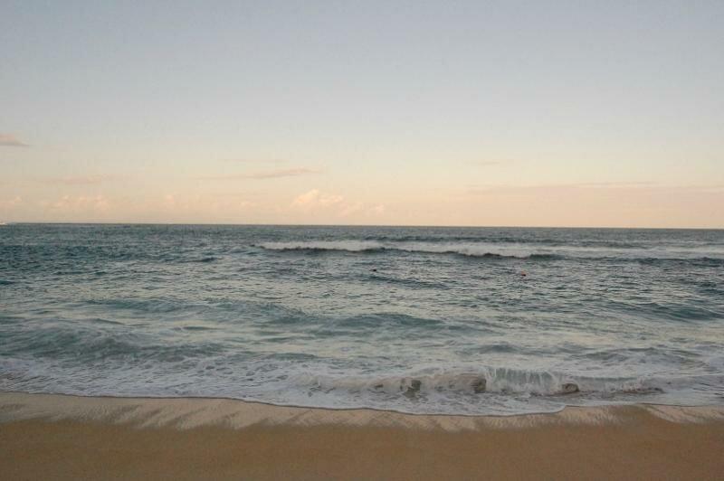 Вечером на пляже..)Вода очень теплая
