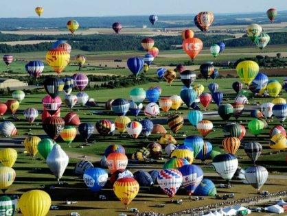 Геленджик приглашает на карнавал и фестиваль воздушных шаров!