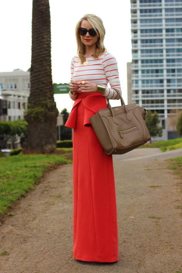 Красная длинная юбка с баской – фото новинки сезона