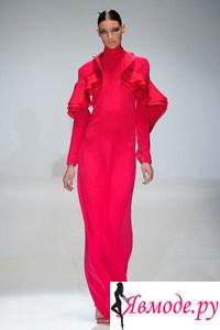 Одежда с воланами и оборками – тренд сезона 2013