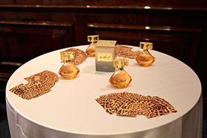 Новый аромат Instinct от Avon представил известный парфюмер Родриго Флорес-Ру