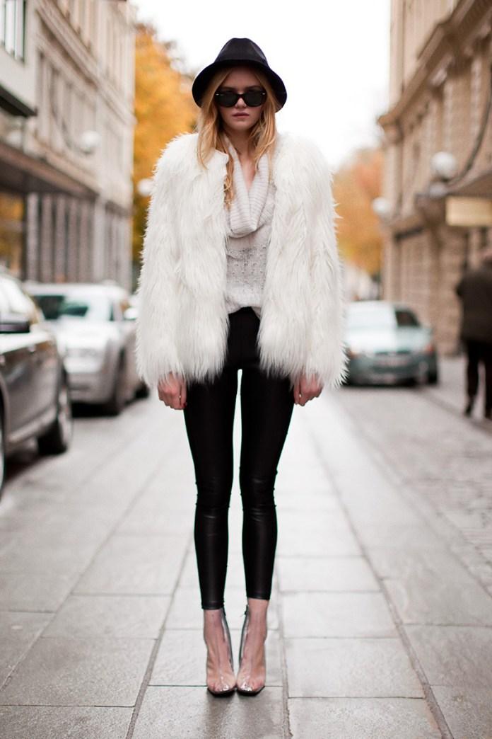 Фото новинка: белая модная шуба