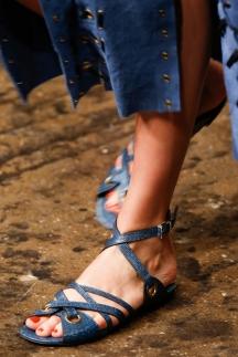 Обувь на плоской подошве - босоножки 2014 Donna Karan