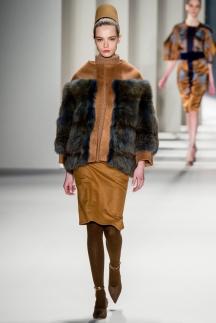 Куртка, отделанная мехом – осень-зима 2014-2015 Carolina Herrera