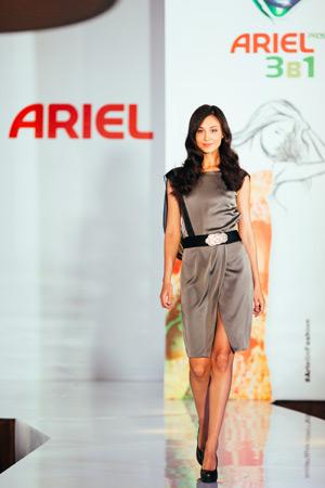 модный показ известного дизайнера Юлии Далакян специально для Ariel