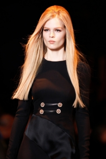 Модная прическа осень-зима 2014-2015 – Giorgio Armani