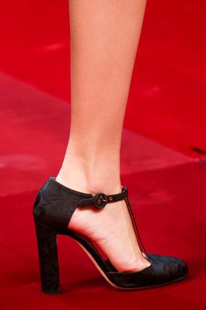 На фото: модные туфли весна лето 2015 – Dolce & Gabbana
