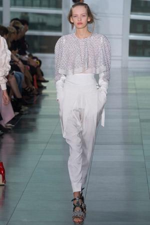 Белые модные брюки весна лето 2015 с завышенной талией - Antonio Berardi