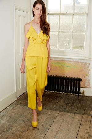 Желтые модные брюки весна лето 2015 укороченные и широкие - Edeline Lee