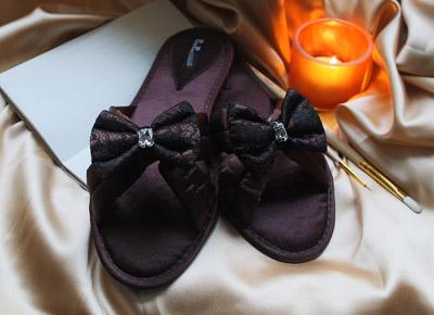 коллекция домашней обуви премиум-класса Petit Pas