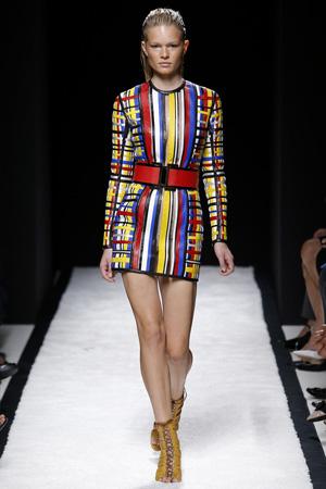 Модное платье 2015 Balmain